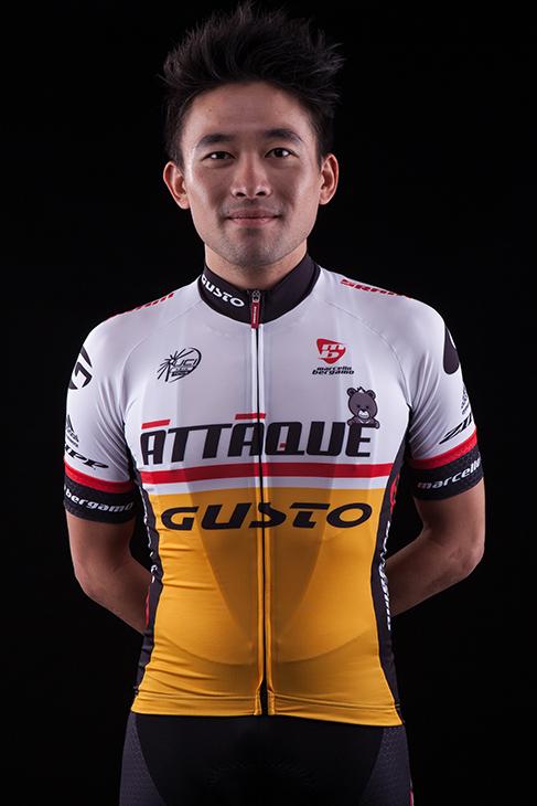 フアン・ウェン・チュン / HUANG Wen Chung (台湾 / TPE)