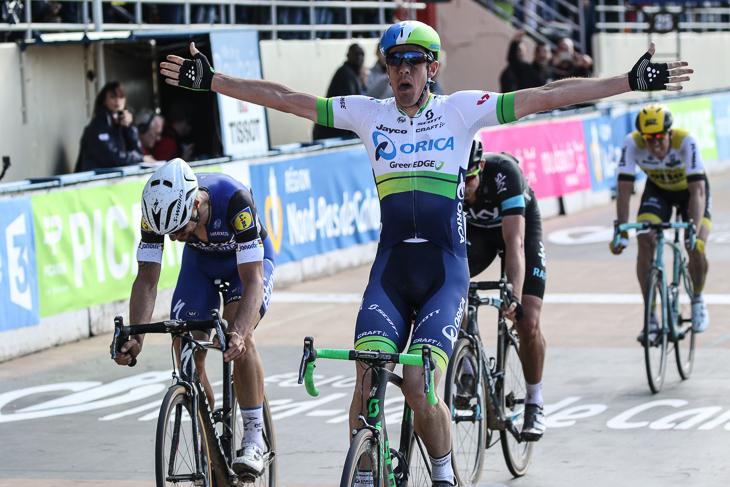 トム・ボーネンらを下し、パリ〜ルーベ2016覇者となったマシュー・ヘイマン(オーストラリア)