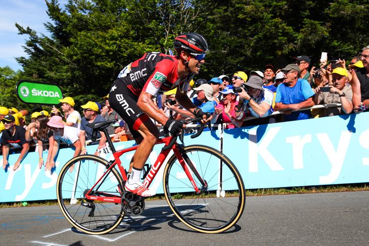 ツール・ド・フランス2017第5ステージ 1級山岳ラ・プロンシュ・デ・ベルフィーユを登るリッチー・ポート(オーストラリア、BMCレーシング)