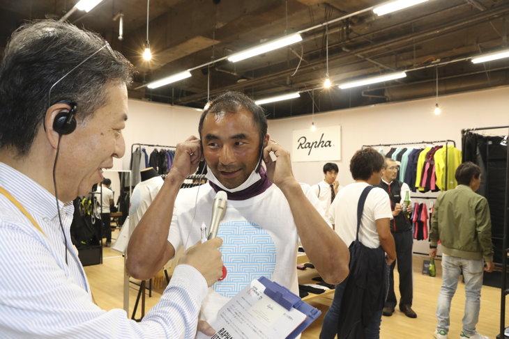 地元FM「宮ラジ」の生放送中継が行われ、ラファジャパンの矢野代表へのインタビューなどが行われていました