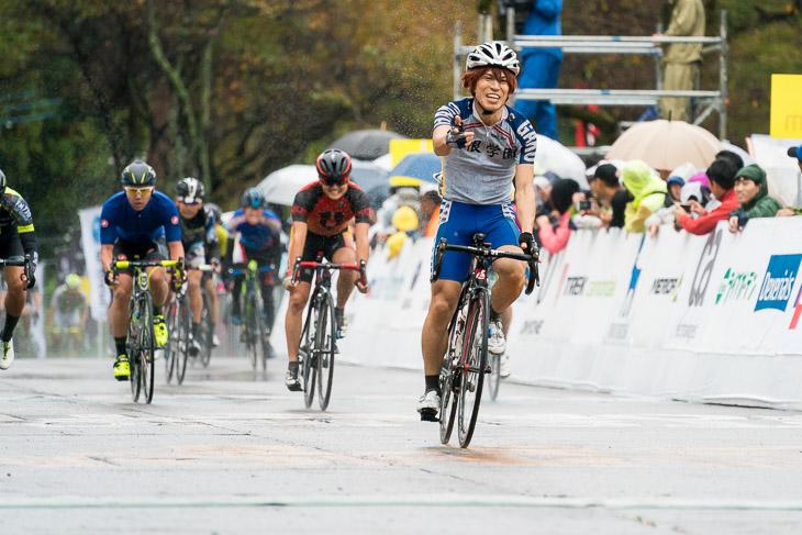 チャレンジレース2組を制した近藤良亮