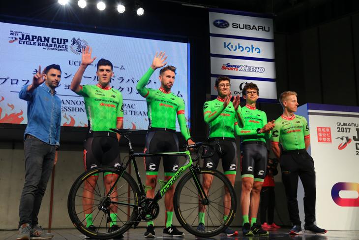 前年度覇者ダヴィデ・ヴィッレッラ擁するキャノンデール・ドラパック・プロフェッショナル・サイクリング・チーム