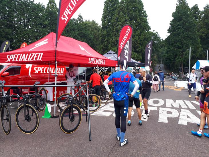 ジャパンカップのコースである森林公園駐車場がメイン会場のジャパンカップサイクルフェスタ試乗会開催