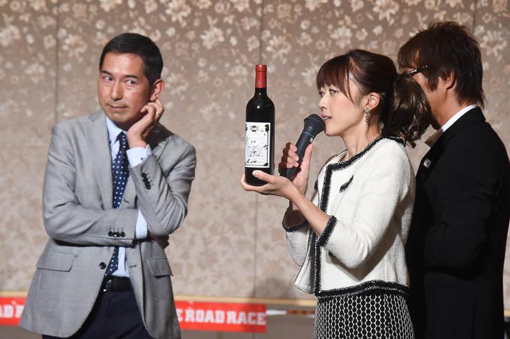 なんと!浅田監督のワインが抽選会景品に
