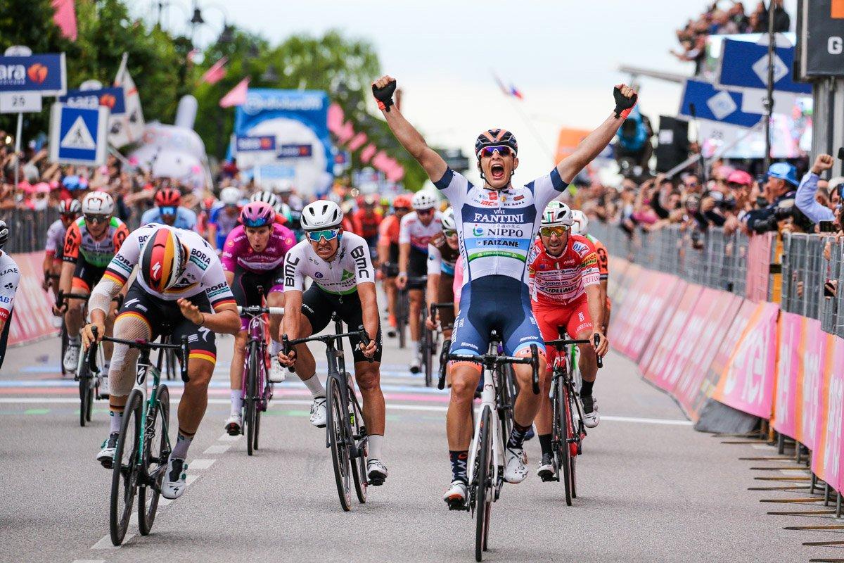 ジロ第18ステージでチーム史上初のワールドツアー勝利をもたらしたダミアーノ・チーマ(イタリア、NIPPO・ヴィーニファンティーニ・ファイザネ)