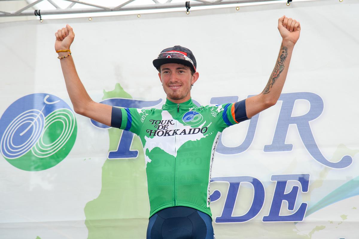 ツール・ド・北海道で総合優勝したフィリッポ・ザッカンティ(NIPPOヴィーニファンティーニ・ファイザネ)