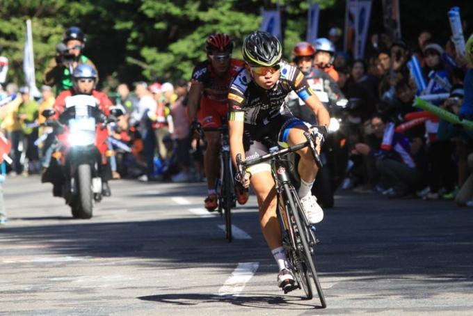 3周回、6周回の2度の山岳賞を獲得した中根英登(チームNIPPO)