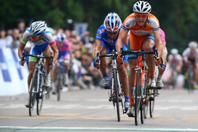 スプリント勝利を飾ったネイサン・ハース(オーストラリア、ジェネシス・ウェルスアドヴァイザーズ)