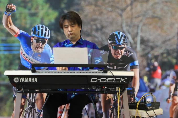 「Winning Road(ウィニングロード)」を演奏するジャズピアニスト倉沢⼤樹さん
