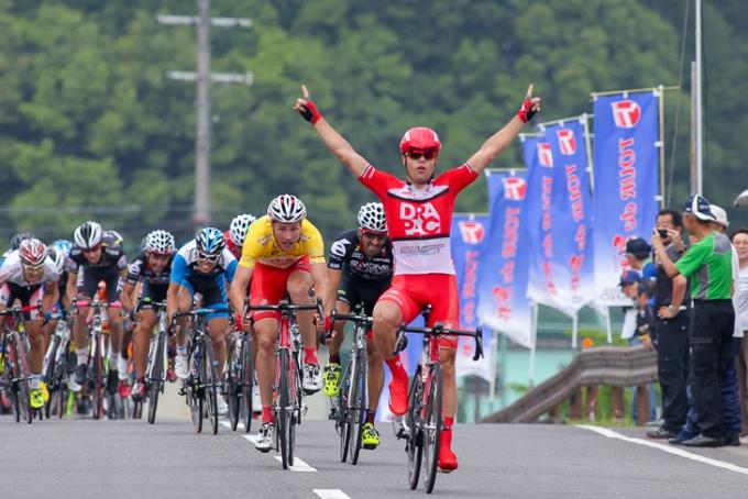 日本でおなじみのドラパックプロサイクリング。今年もツール・ド・熊野2014第1ステージなどを制している