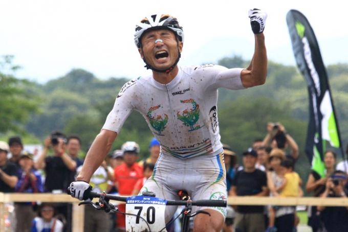 2014年全日本MTB XC男子チャンピオンの武井亨介(チーム・フォルツァ!)
